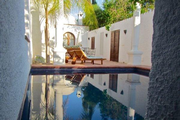 kitchen-terrace-pool-a